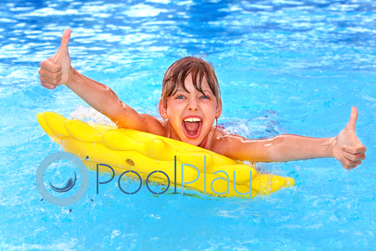 Toma nota, de las ventajas e inconvenientes, de los tratamientos y mejores desinfectantes para el agua de la piscina.