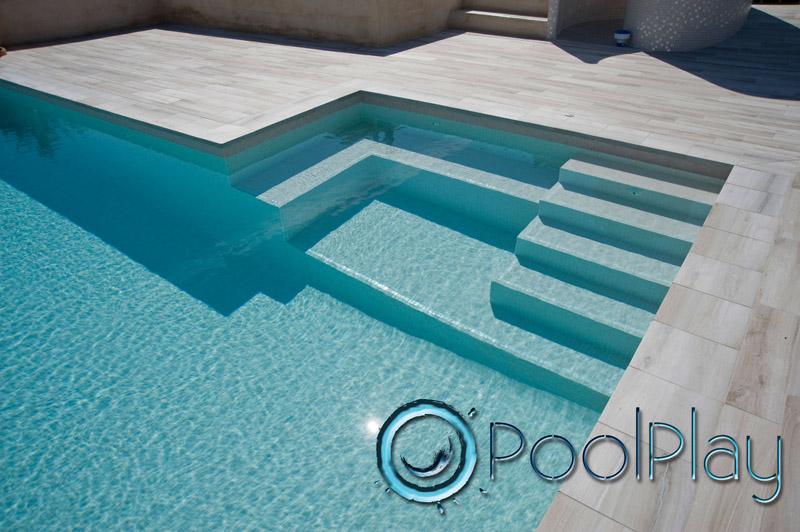 Contornos para piscinas